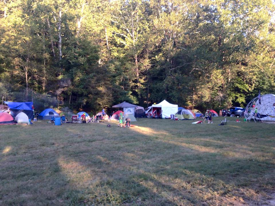 camping campers music festival fe 2015 by justine jacobs