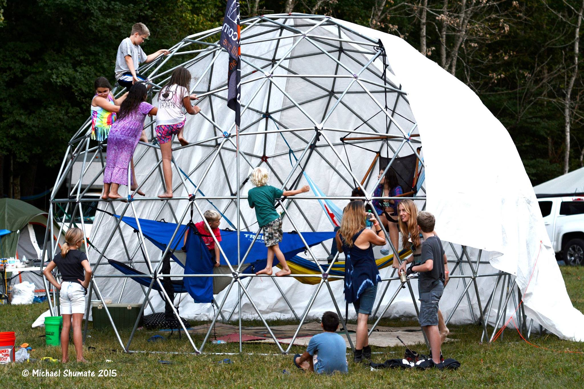 kids climbing on dome fe 2015 by michael shumate