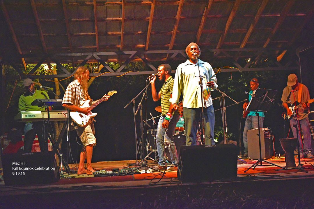 reggae band and jeff fe 2015 by mac hill